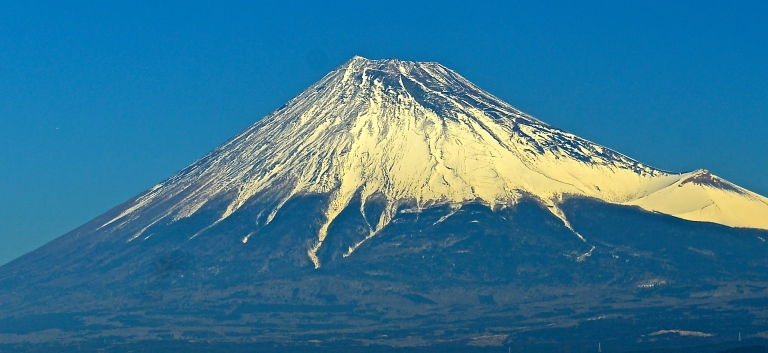 Mt._Fuji,_enhanced
